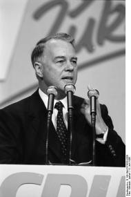 Ernst Albrecht (politician)